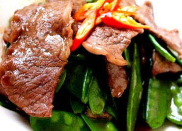 Sauteed Beef with Snow Peas