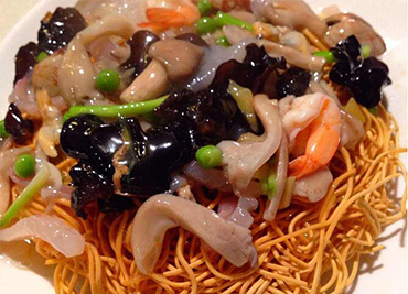 Pan fried noodle with